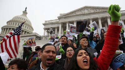 Cientos de dreamers llegaron hasta el Congreso en Washington DC para ped...