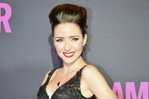 A sus 28 años ha participado en 7 telenovelas, entre las cuales destacan...