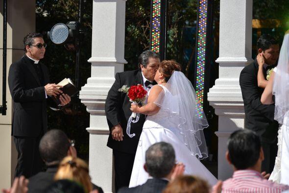 Con un beso unieron sus vidas para siempre.