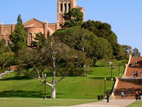 University of California: Los Angeles (UCLA) - Número de Estudian...