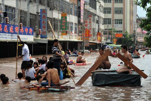 Los desastres naturales han motivado que tanto el presidente chino, Xi J...
