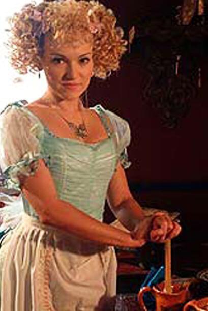 """Maya Mishalska era la villana """"Marie de la Roquette""""."""