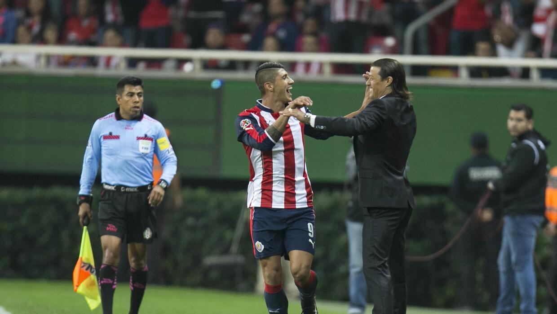 Los memes se rinden ante Chivas por su pase a la final GettyImages-63118...