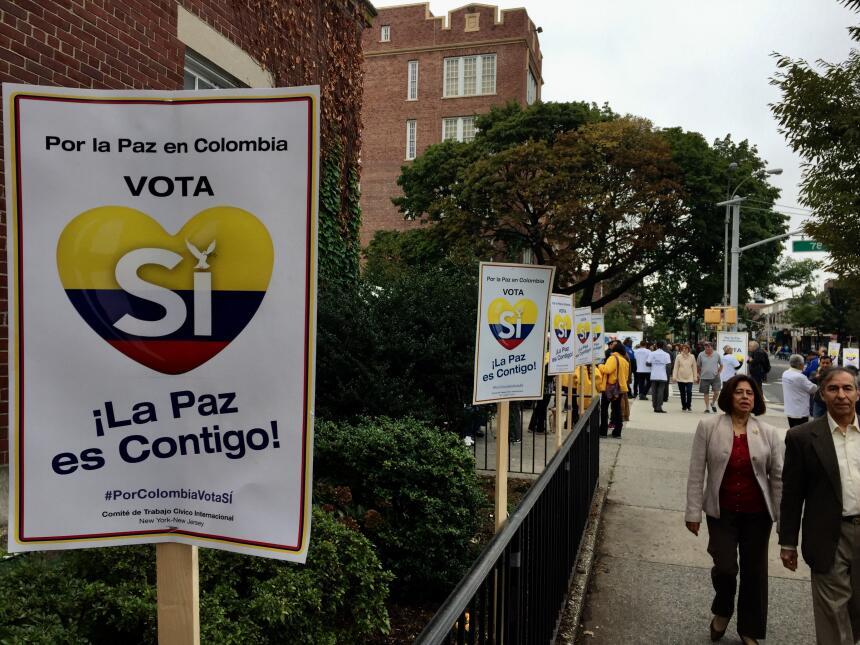 """Los afiches para promover el """"sí"""" se vieron en varias calles d..."""