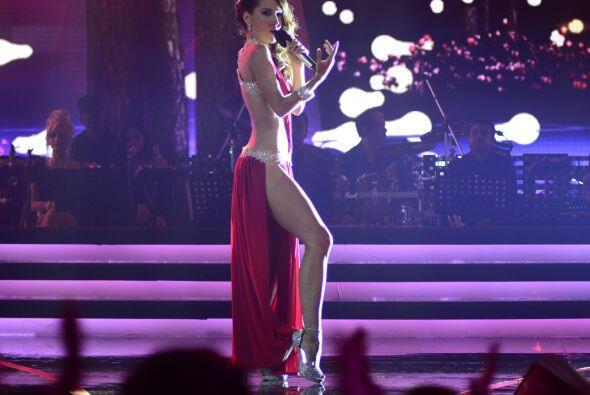 """Joyce Paulino cantó un sexy """"Secreto de amor""""."""
