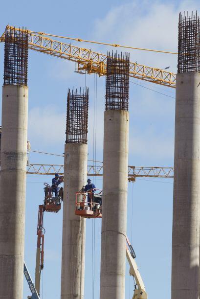 La FIFA le exigió a Brasil darle más impulso a las obras en los estadios...