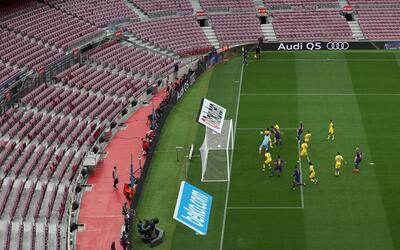 La grada del Camp Nou vacía durante el partido Barça-Las P...