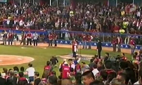 Jenni Rivera, Vicente Fernández y Julio Preciado: famosos que olvidaron...