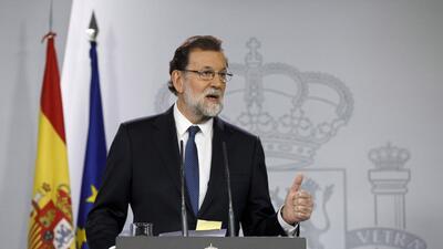 El presidente del Gobierno español, Mariano Rajoy, anunció las medidas a...