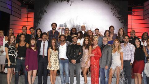Así fue la presentación a prensa de la telenovela 'En tier...