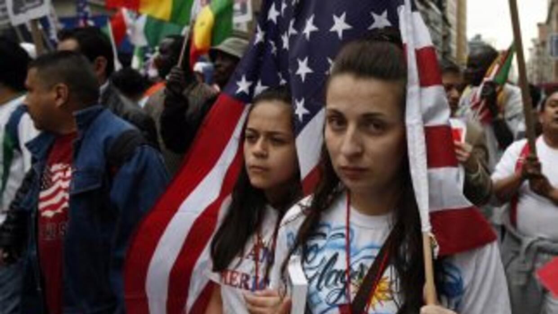 De ser aprobado por el Congreso, el Dream Act legalizaría a cerca de un...