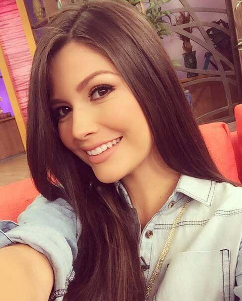 """""""Selfie mañanero en DespiertaAmérica, ¿cómo amanecieron este 'juernes'?""""..."""