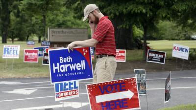 Un exgobernador demócrata y una republicana pro Trump pelearán en septiembre por un asiento en el Senado por Tennessee
