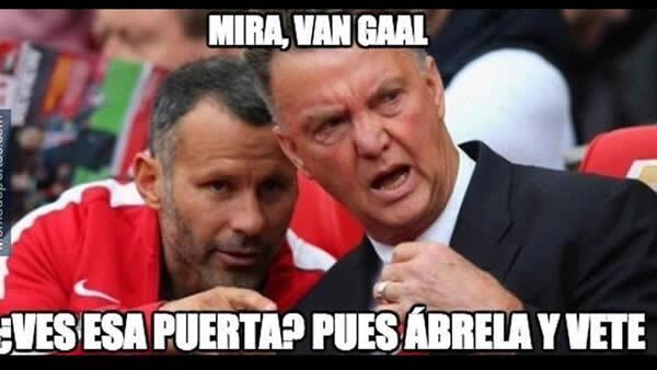 El mal paso de Manchester United dirigido por Louis Van Gaal desató las...