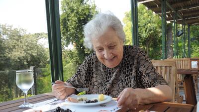 Una dieta pobre puede aumentar el riesgo de desarrollar hipertensión, en...