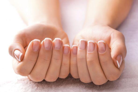 Según la Academia Americana de Dermatología (AAD), una dieta equilibrada...