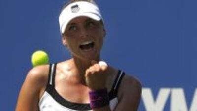 Zvonareva, ganadora este curso en Doha y que totaliza once éxitos en su...