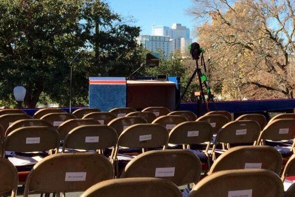 Raúl Peimbert se encuentra en la capital de Texas para la ceremonia inau...