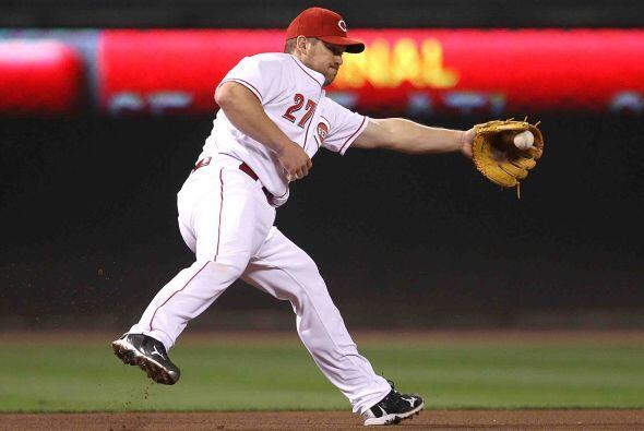 El tercera base de los Reds de Cincinnati, Scott Rolen, conquistó el hon...