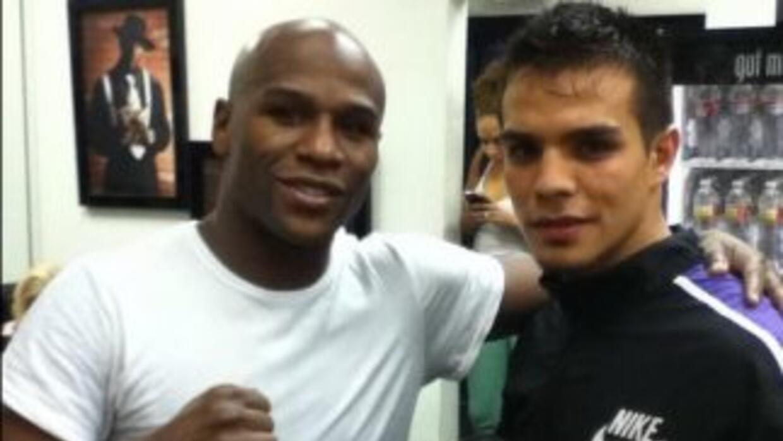 Floyd Mayweather Jr. tendrá sparring mexicano (Foto: Twitter Zepeda).