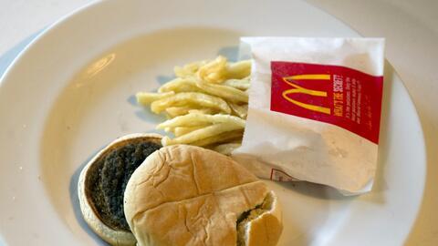 ¿Por qué las hamburguesas y las papitas de McDonalds son t...