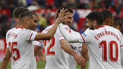 Sevilla, con Layún de titular, le ganó al Bilbao por 2-0 en el Sánchez Pizjuan