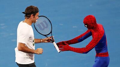 Los superhéroes del tenis mundial le dan colorido a la previa del Australian Open