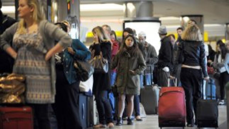 Los permisos de viaje que extiende el servicio de inmigración son válido...