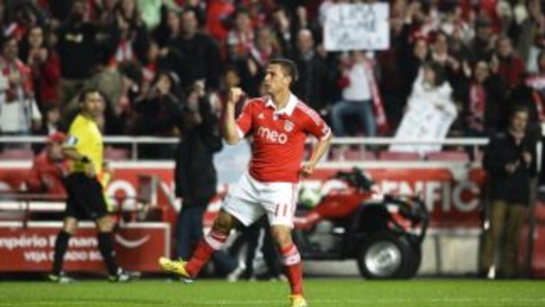 Rodrigo Lima hizo un triplete para el Benfica.