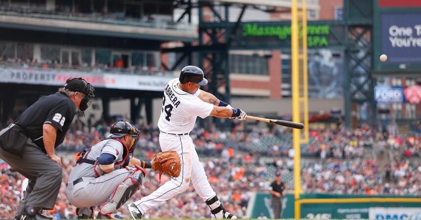 En 2015, Miguel Cabrera siguió maravillando con su poder al bat en las G...