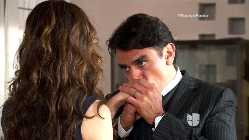 ¡Julia le confesó su secreto a Arturo! ECB0BD53D00F4E7284C1964146AD2756.jpg