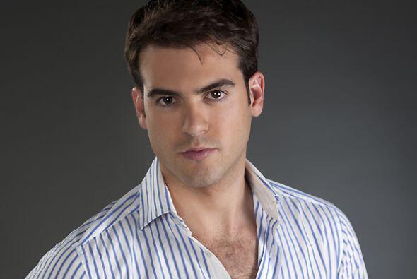 """Y en """"Por Siempre Mi Amor"""" flechó a más con su papel de Esteban."""
