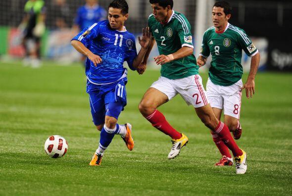 México arrancó goleando a El Salvador 5 a 0 y dejaba claro que iba por e...
