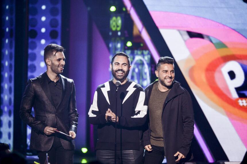 Enrique Santos y Alkilados presentan a los nominados a Premios Juventud...