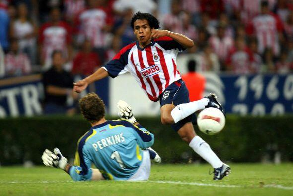 Ese mismo año Chivas jugaría ante el DC United, el rebaño igualaría a un...