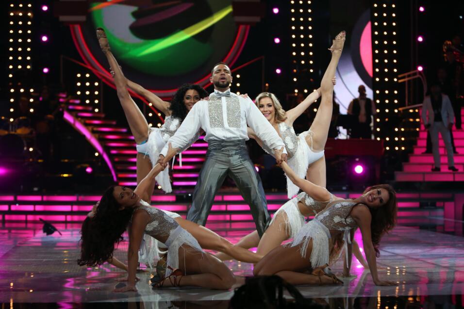 Henry Santos en Mira Quién Baila.