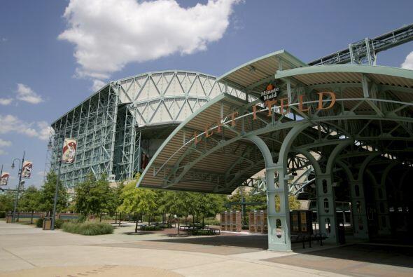 4. Houston, Texas. Sede del Minute Maid Park y de algunos de los museos...