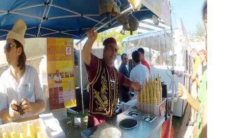 Uno de los puestos de helados en el festival de Tucson Meet Yourself