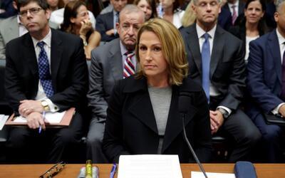 Heather Bresch, presidenta ejecutiva de la farmacéutica Mylan, en una au...