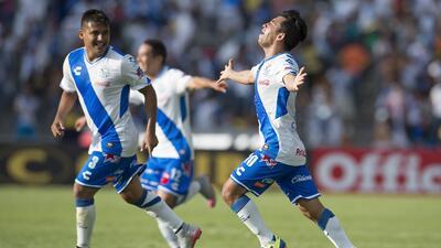 Puebla gesteja el gol de Bermúdez