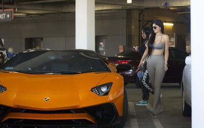 Kylie Jenner y su Lamborghini Aventador SV de medio millón de d&o...