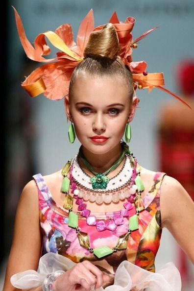 En cuanto a accesorios, este año nos dejó la moda de los collares XXL. G...