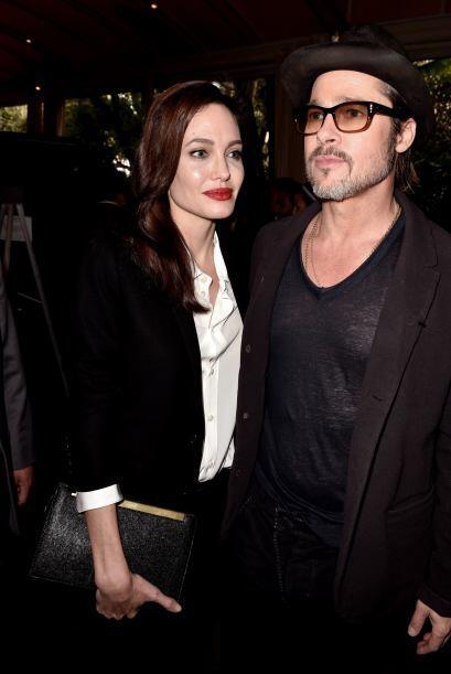 La revista también asegura que la relación de Brad y Angelina ha funcion...