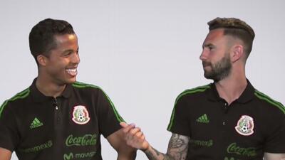 Giovani dos Santos le confesó a Layún que Ronaldinho es su 'papá' en el fútbol