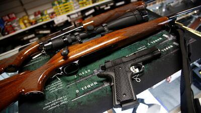 Incrementó en 43% el número de personas que registraron armas de fuego en California