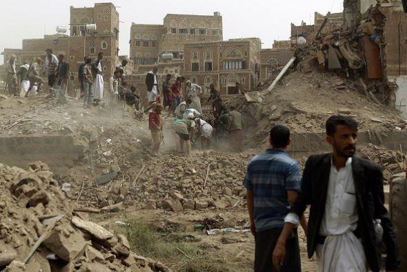 También y advirtieron que los edificios quedaron totalmente derrumbados.