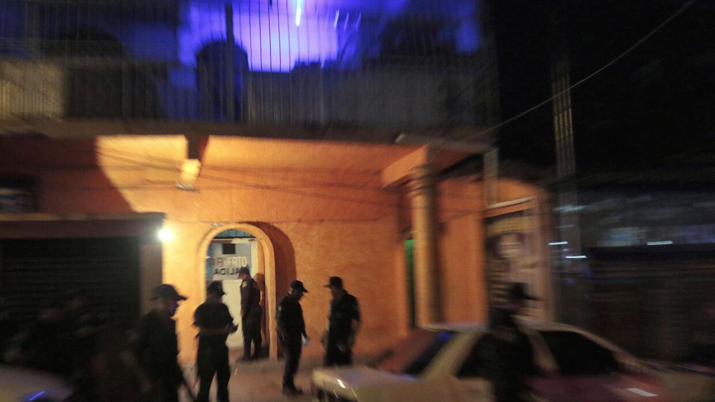 Vigilancia en Acapulco, México.