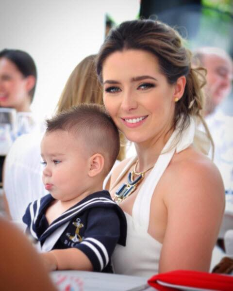 Ariadne Díaz y su hijo Diego