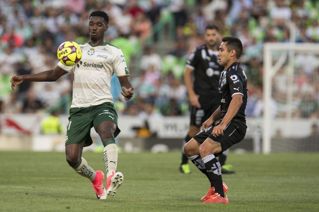 Emocionante empate entre Santos y Monterrey Djaniny Tavares.jpg
