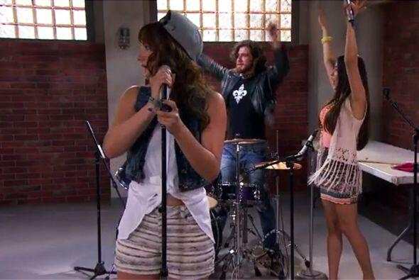 ¡Qué buen grupo tienen Marisol, Daniela, Lucas y Oliver! No...